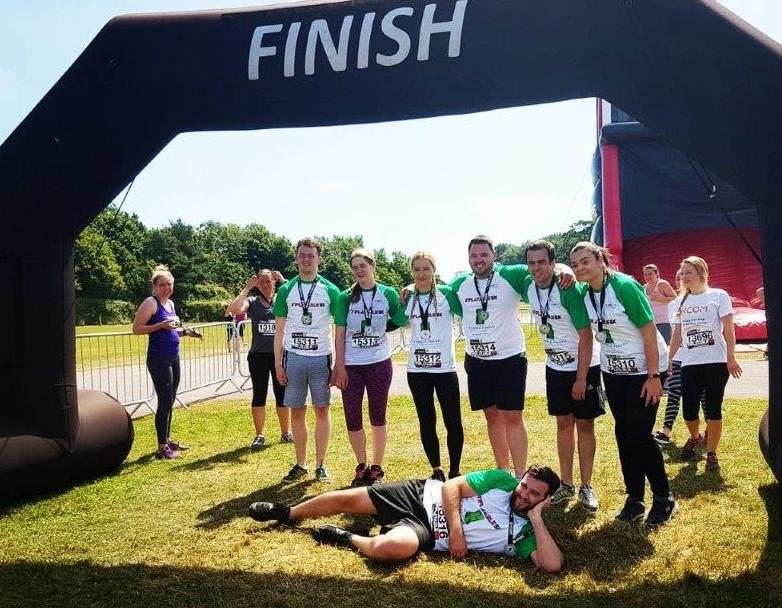 inflatable run finish pose